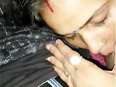 Indian very hot Bhabhi With Neighbour Boy Smooch N Blowjob With Hindi Audio - Wowmoyback